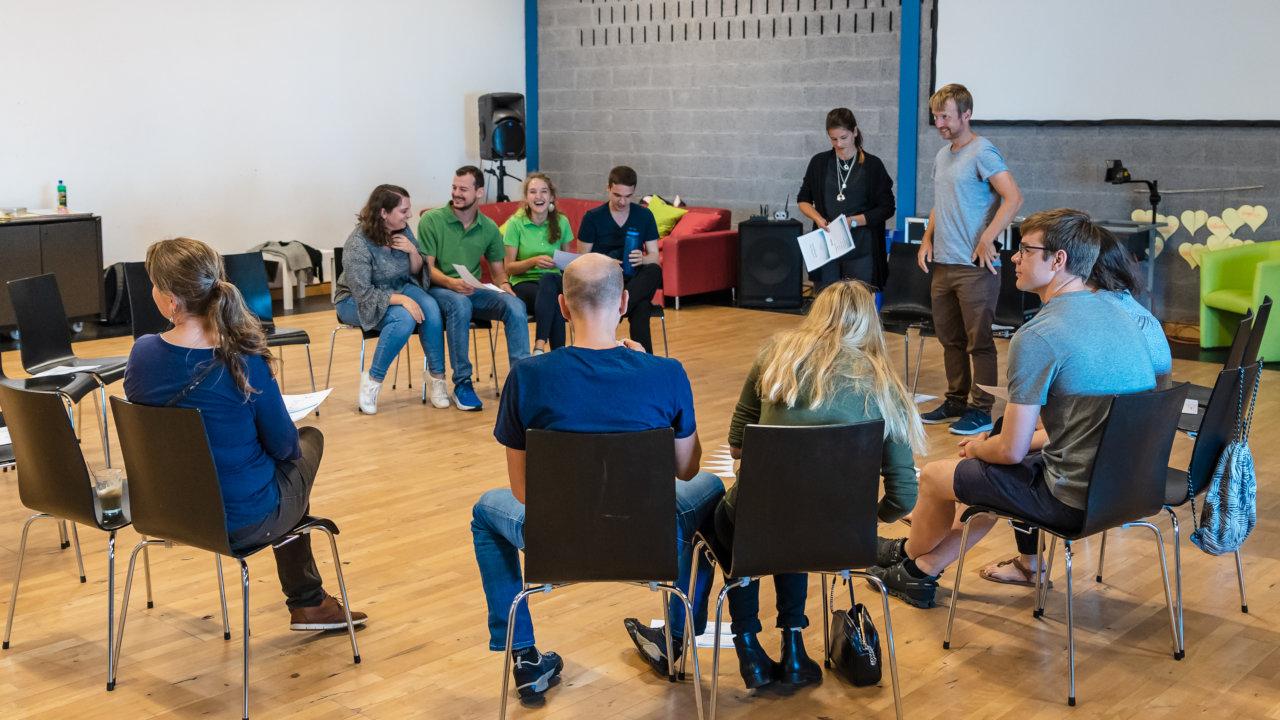 Teilnehmer:innen in einem der Workshops